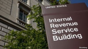 irs-building-and-sign3